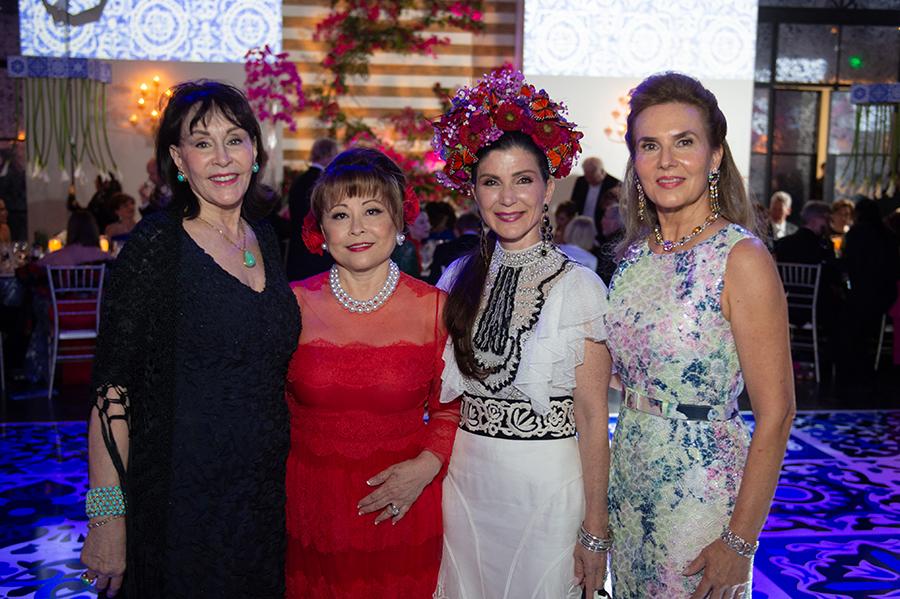 Anna Dean, Rini Ziegler, Cynthia Petrello and Celina Hellmund