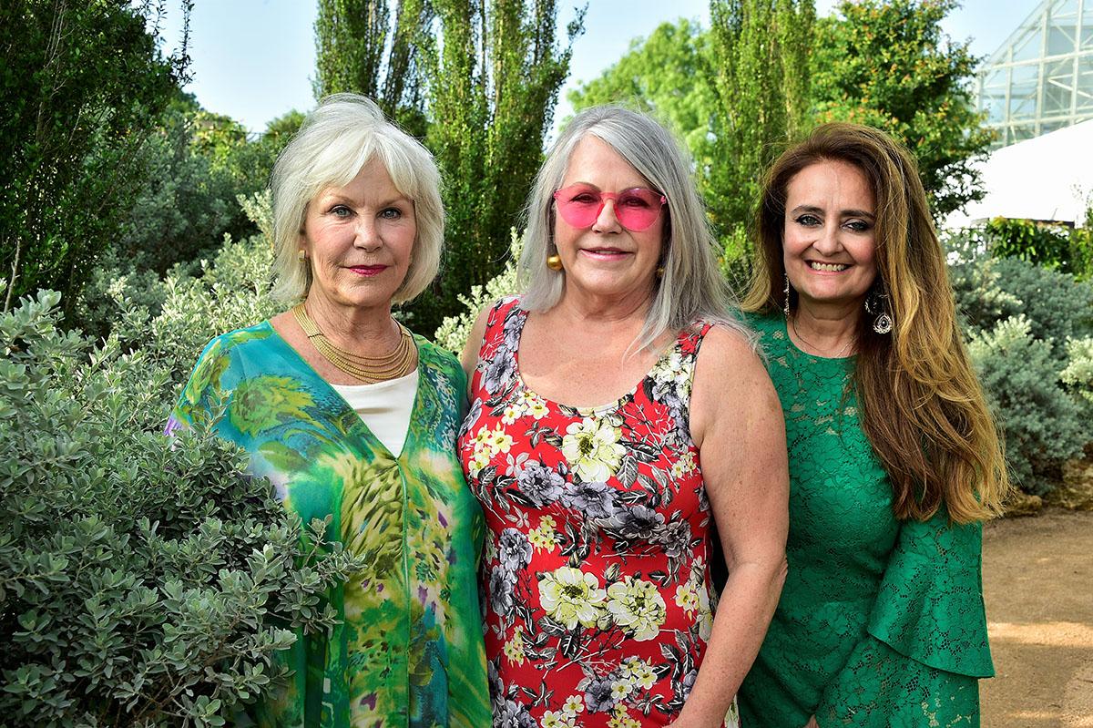 Bette Vexler, Linda Gunter and Magdalena Gaona