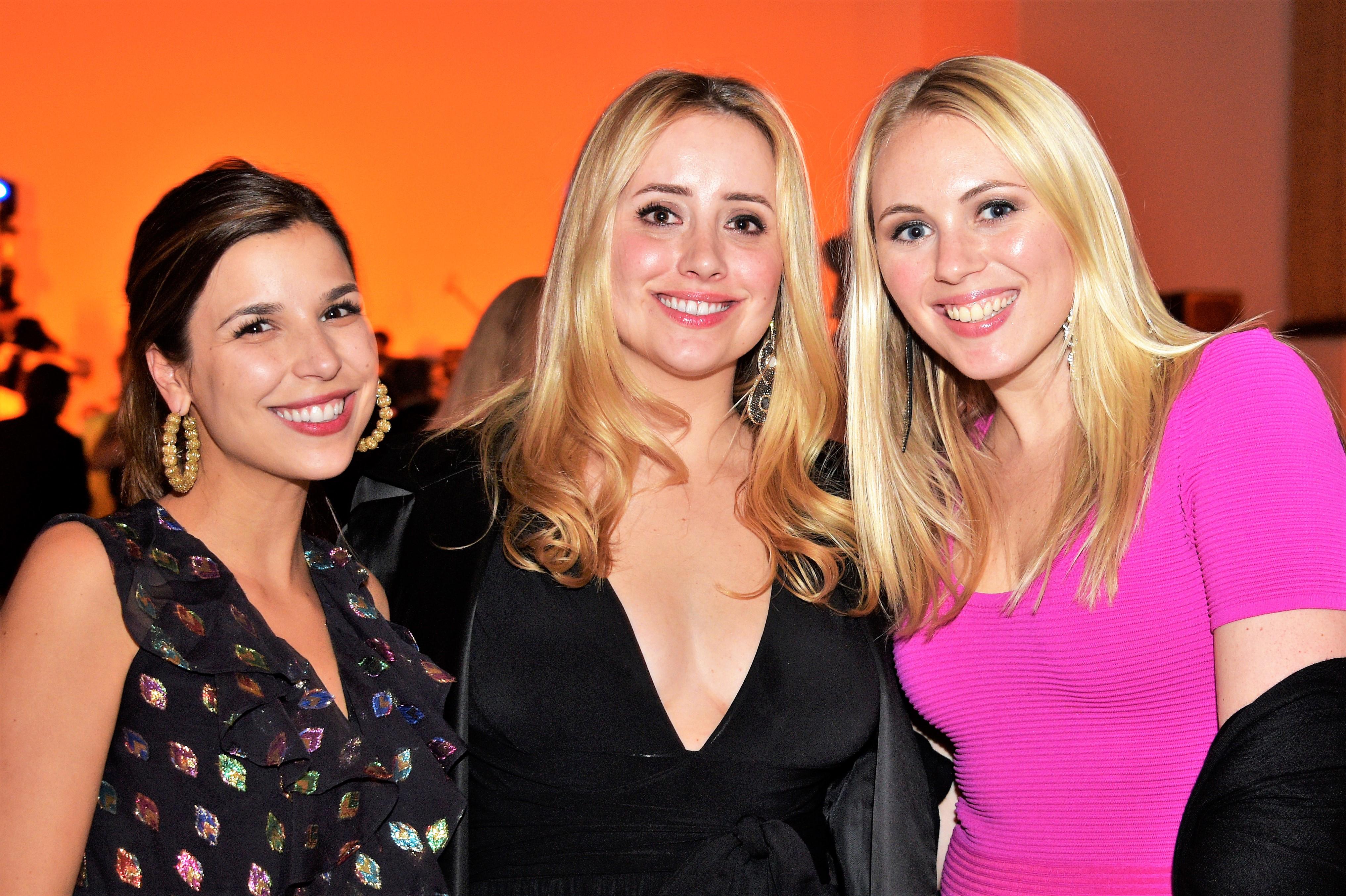 Caroline Renaudin, Sarah Geibel and Sage Blount PG 1 SILHOUETTE
