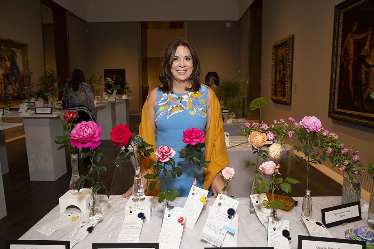 Cherie Flores