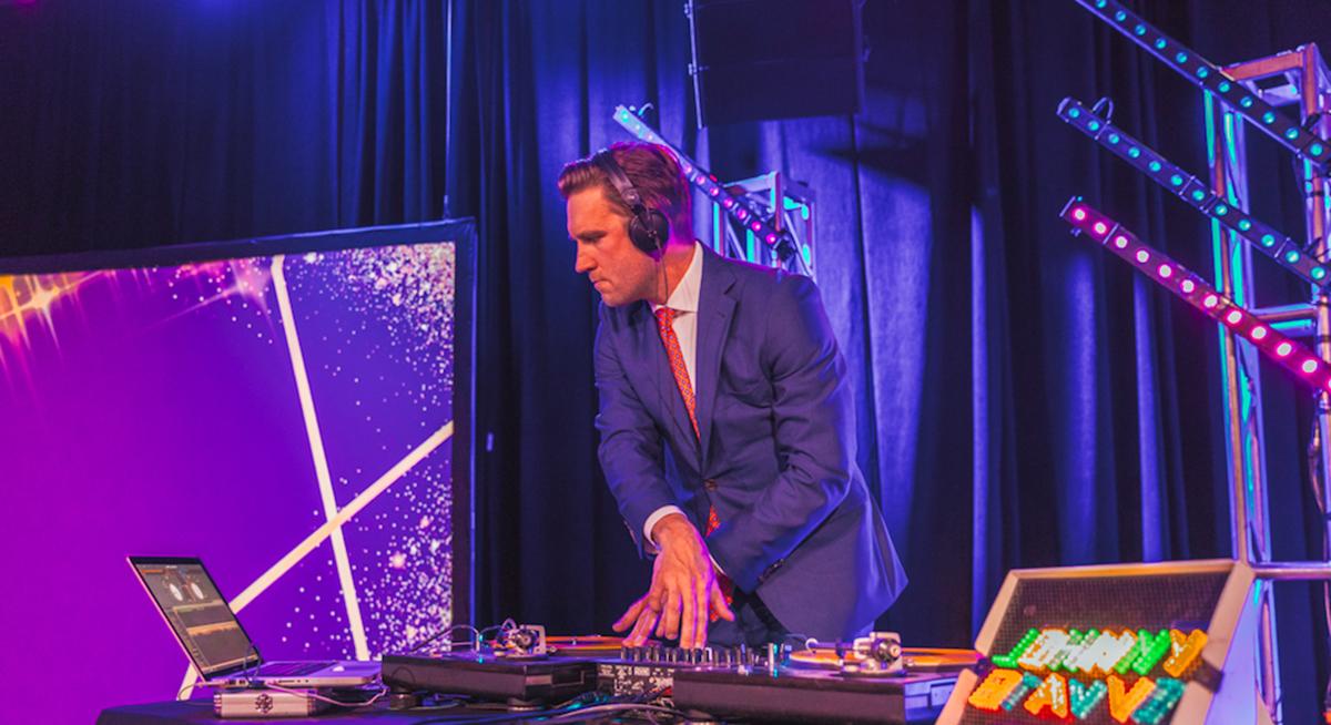 DJ Johnny Bravvo