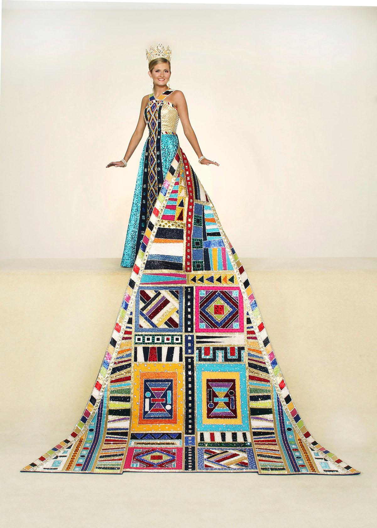 Elizabeth Ernst, Duchess Of Colorful Masterpieces