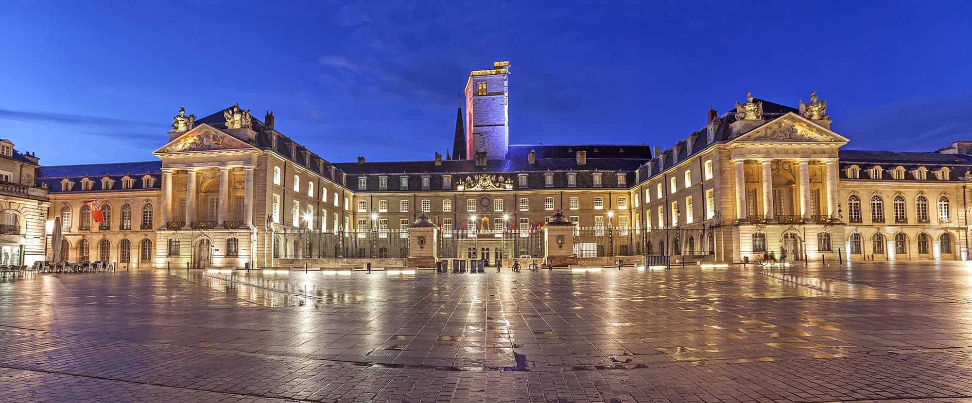 Evening panorama of Liberation Square, Dijon