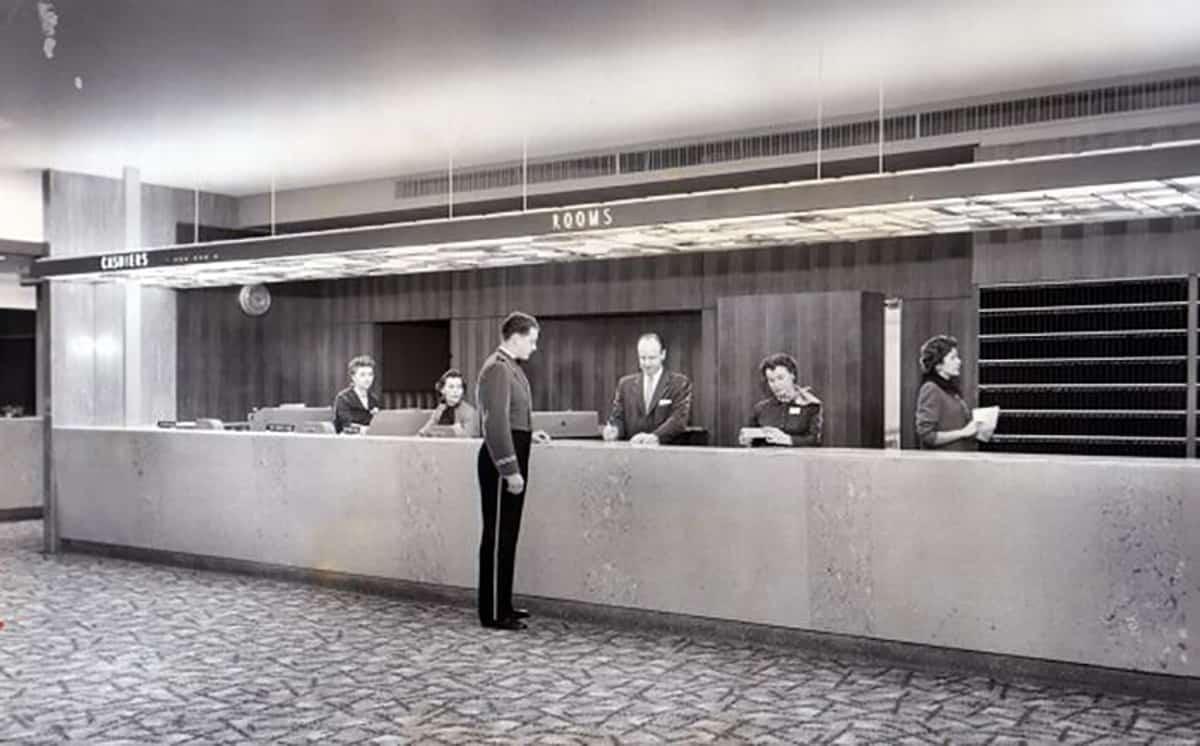 Statler Hilton lobby, 1956