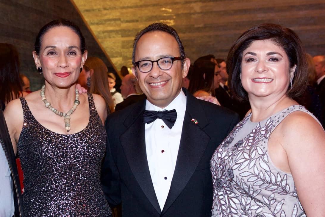 Sylvia Orozco, Carlos González Gutiérrez and Alina Flores