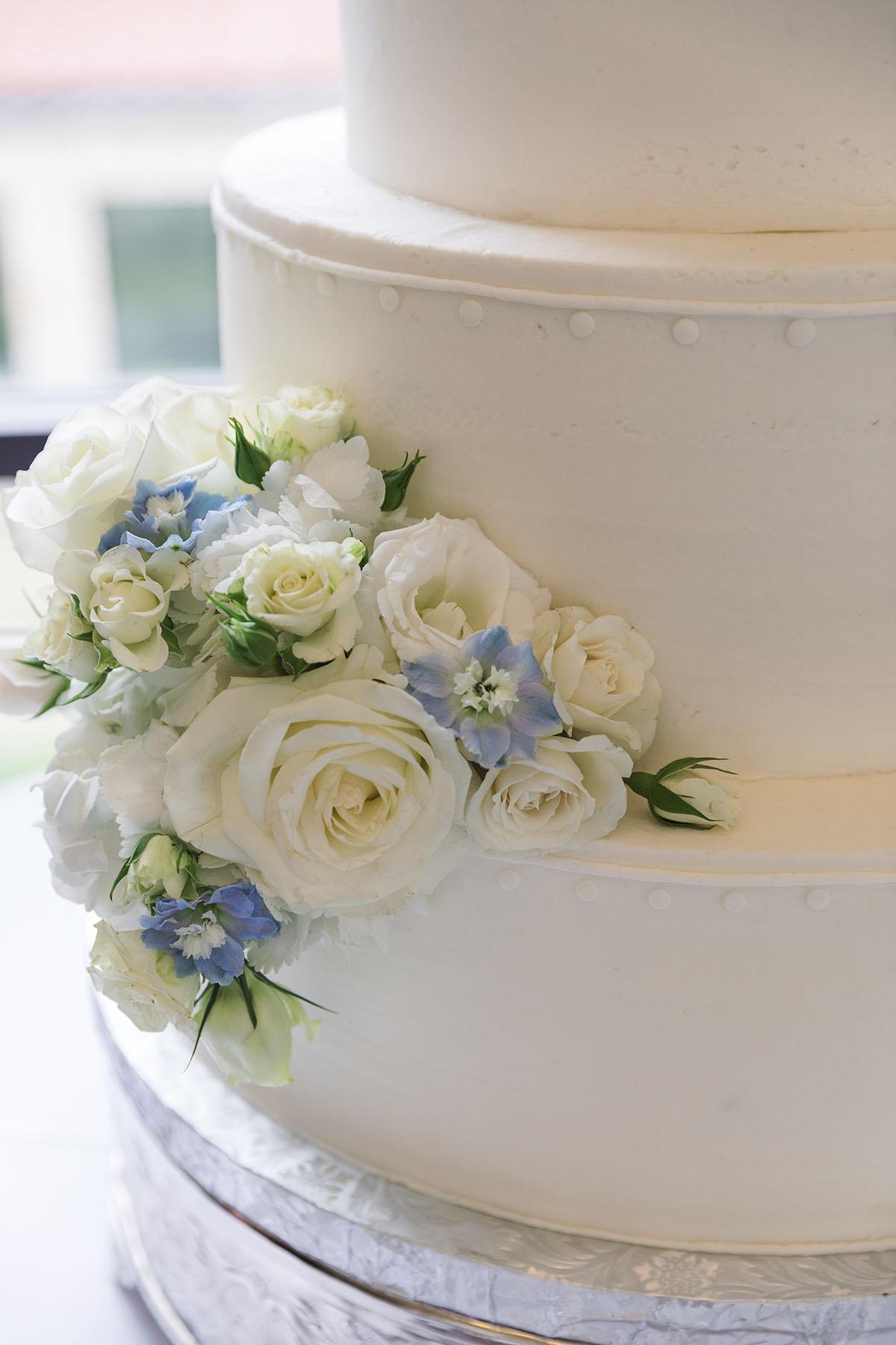 The bridal cake