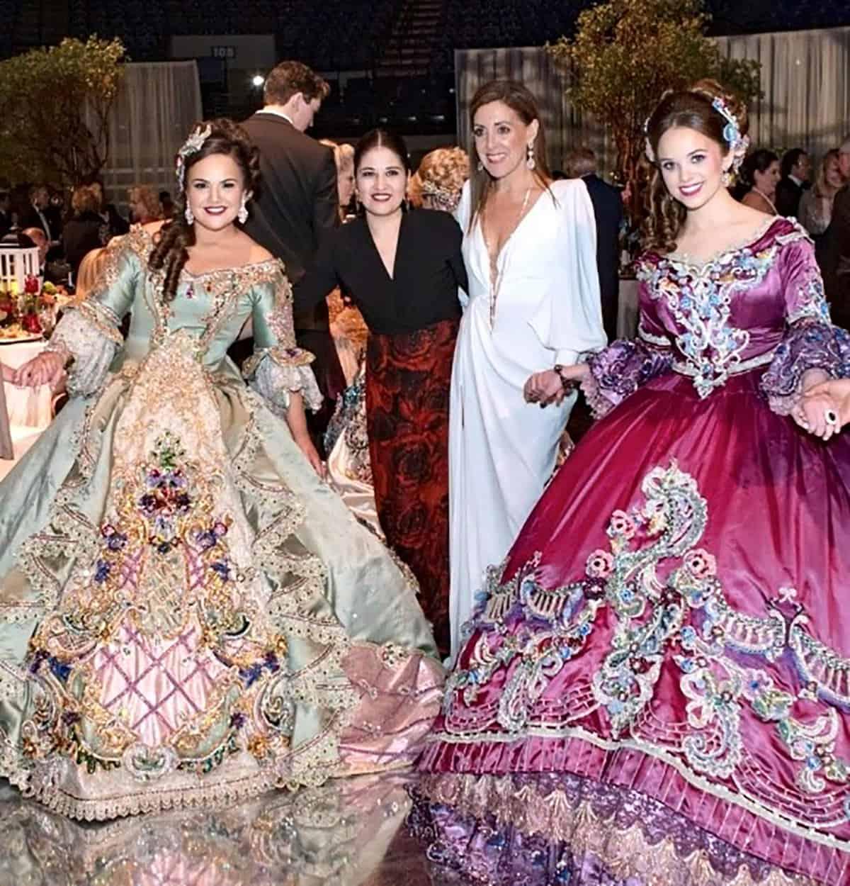 Ana Victoria Lopez and Laura Cecilia Lopez