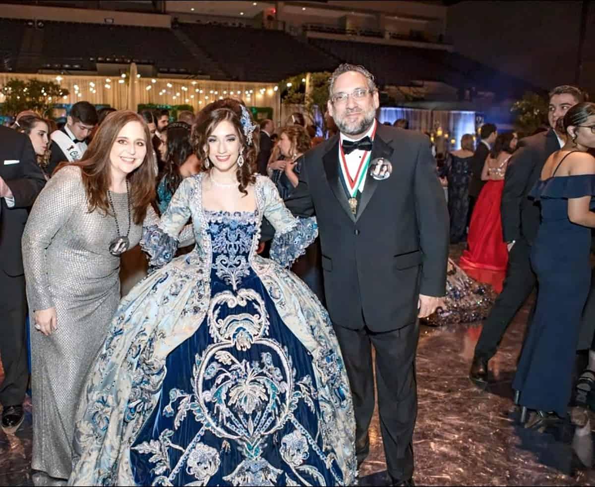 Cristina Palacios, Anali Elizabeth Palacios and Jose Palacios, Jr.