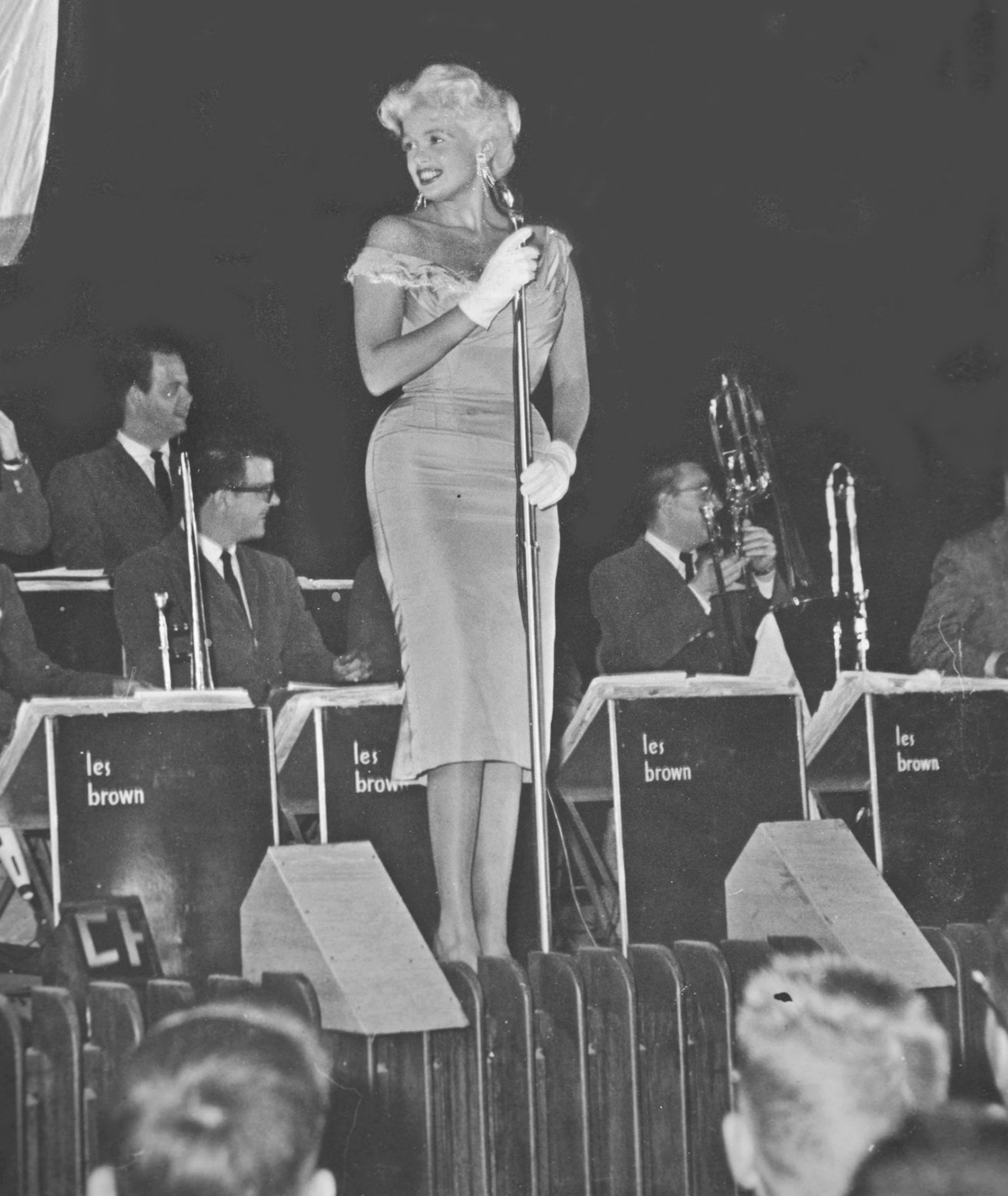 Jayne Mansfield performs at USO Show, 1957. Photo courtesy of Robert S. Sweeny and Wikipedia Commons