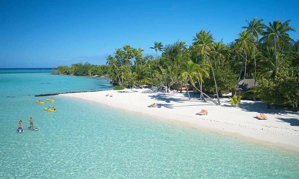 Bora Bora Pearl Resort beach