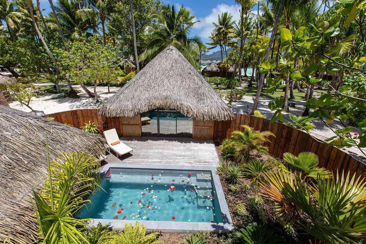 Bora Bora Pearl Resort garden villa