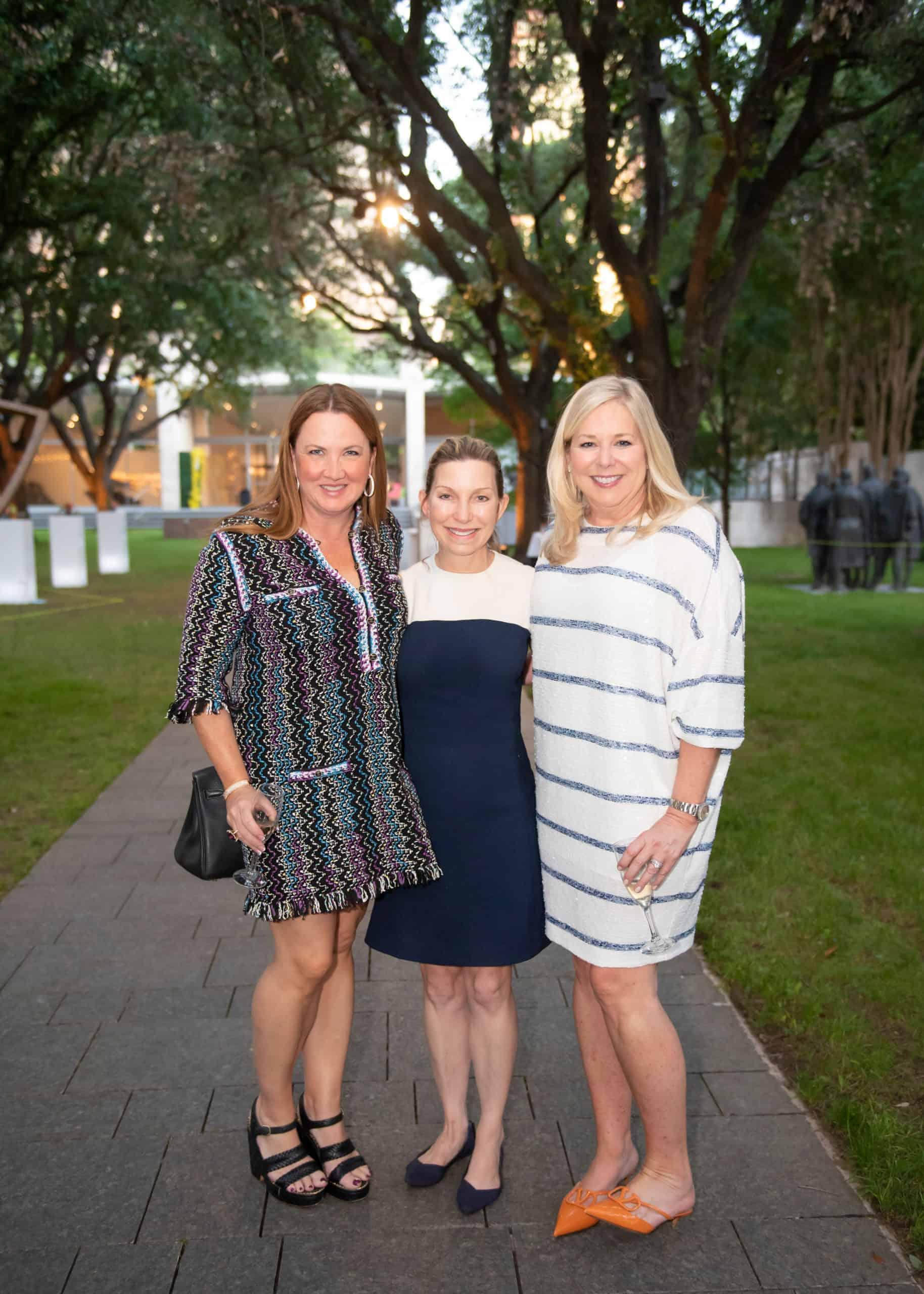 Jennifer Dix, Kris Johnson, Kristi Hoyl